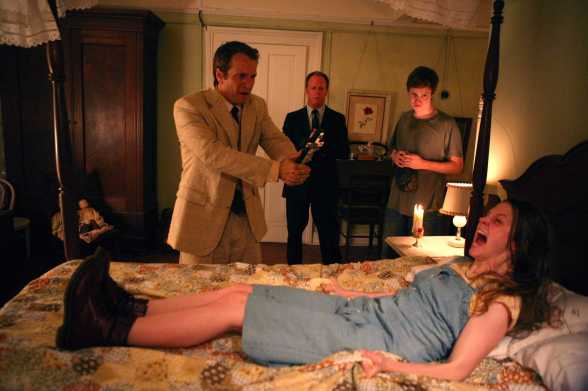 last_exorcism_movie_image_patrick_fabian_ashley_bell_02